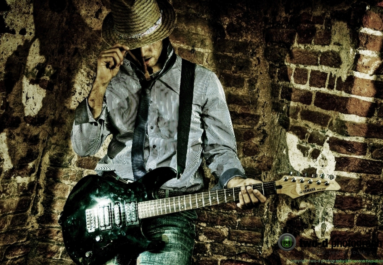 daniel_davies_two_d_photography_commercial_video_music_band_guitarist_cowboy