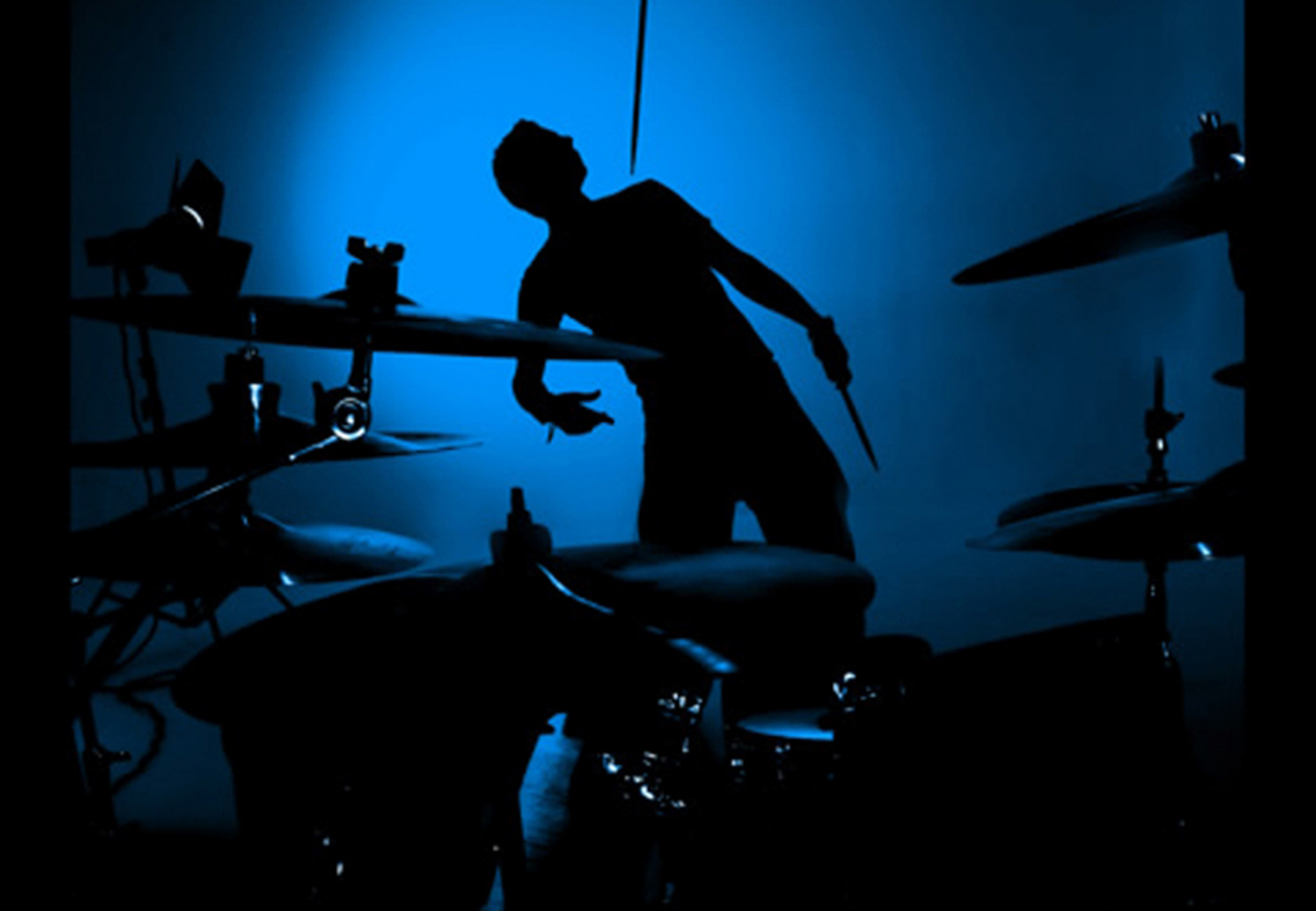 daniel_davies_two_d_photography_commercial_video_music_drum_explosion-3